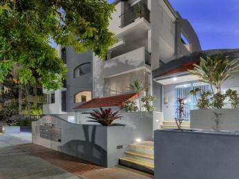 View profile: Stunning parkside living in sought after location