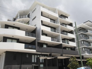 View profile: Spacious and brand new unit