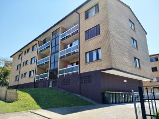 View profile: 3 bedroom unit with garage