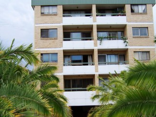 View profile: Beautifully Situated large 2 Bedroom **$460 P/W**