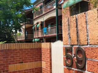 View profile: Modern & Roomy 2 bdm 2 bthrm with Balcony and Lock-up Garage $450 p/w