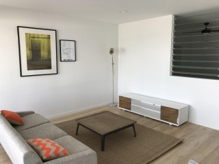 View profile: Lovely furnished unit in near new complex