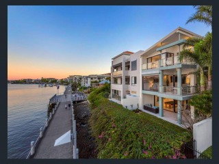 View profile: Teneriffe waterfront home